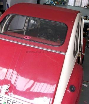 Ταπετσαρία σε αυτοκίνητο μάρκας Decevo