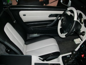 Δερμάτινη ταπετσαρία σε Mercedes SLK